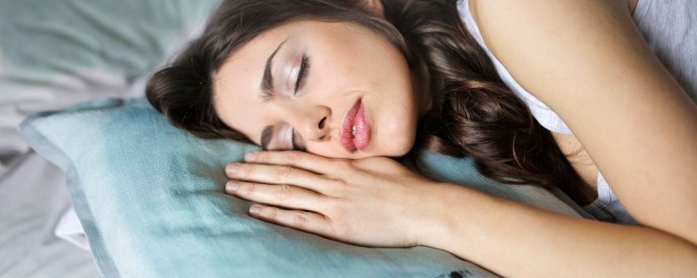 Is there a gel pillow that stays cool all night?